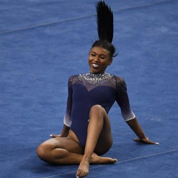 Nia Dennis: US gymnast's 'black excellence' routine goes viral